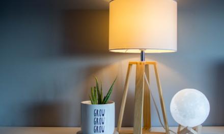 Sådan får du den rette belysning i soveværelset