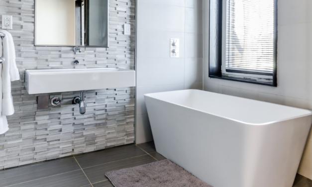 Sådan skaber du et moderne og elegant badeværelse